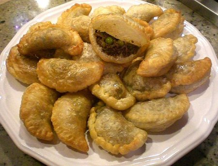 Жареные пирожки с мясом по-арабски