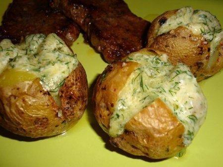Картофель на гарнир с сиром