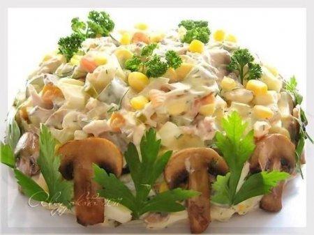 рецепты салатов с курицей и маринованными огурцами