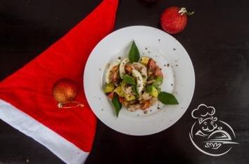 Cалат c авокадо