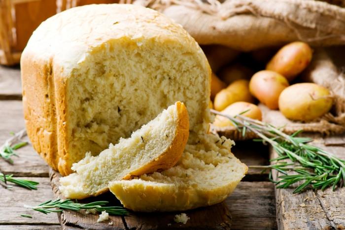 Домашний хлеб с картофелем и розмарином