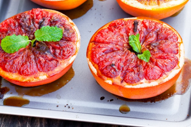 Запеченный в духовке грейпфрут