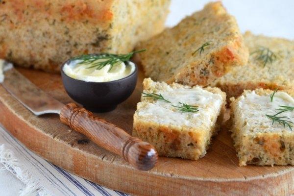 Сырный хлеб на пиве с укропом