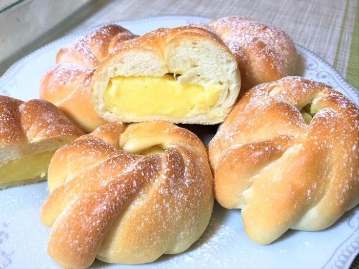Тающие во рту сдобные булочки с кремом (ВИДЕО)
