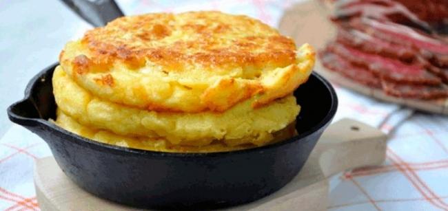 Потрясающие кукурузные лепешки с сыром