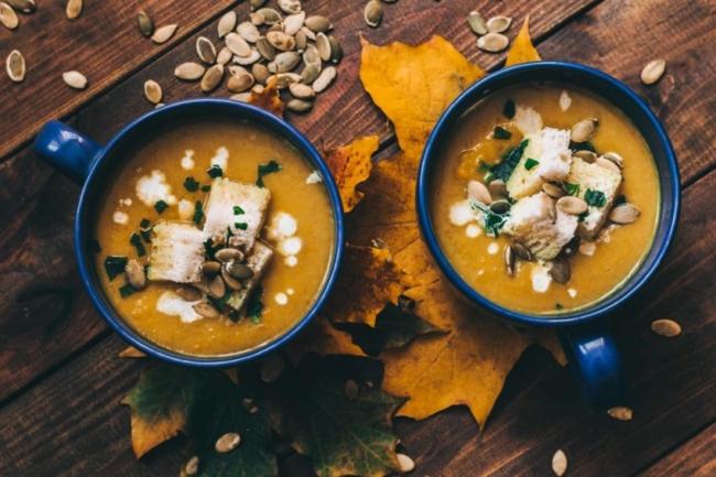 Тыквенно-кокосовый суп с карри