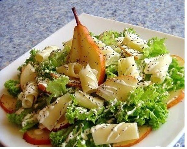 Салат из груши с сыром.