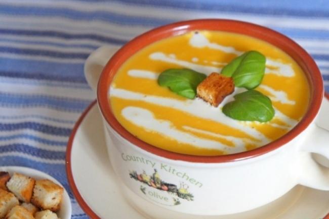 Яблочно-морковный суп-пюре: вкусное сочетание