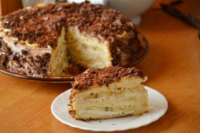 Бисквитный торт «Банановое наслаждение» с творожным кремом