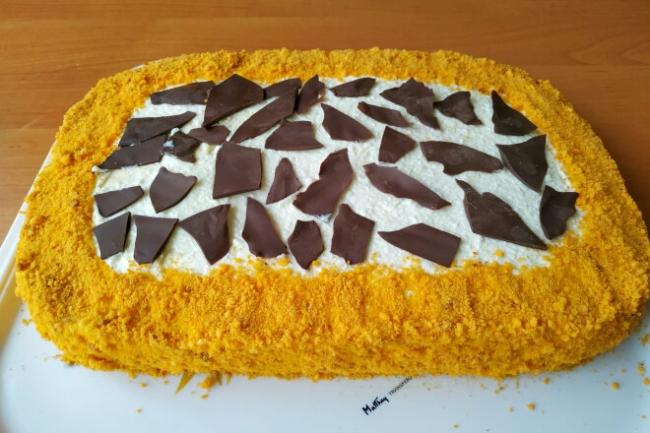 Торт Сахара с творожным кремом с вареной сгущенкой