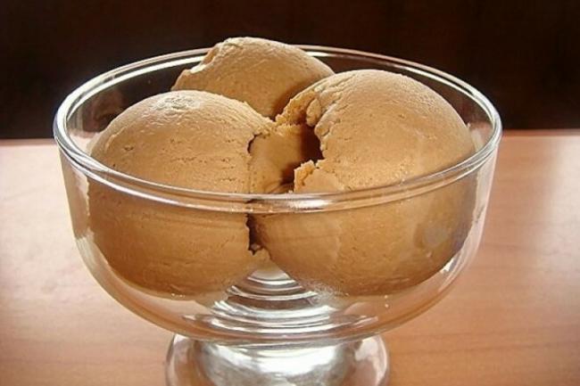 Низкокалорийное мороженое из кефира