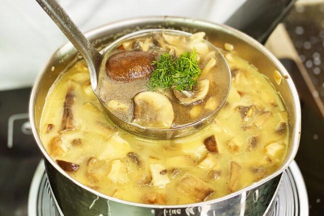 Ароматный грибной суп за 15 минут