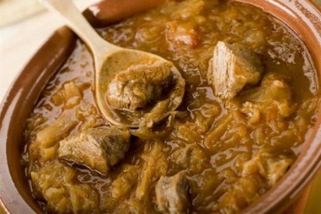 Суп харчо из курицы с орехами и мятой