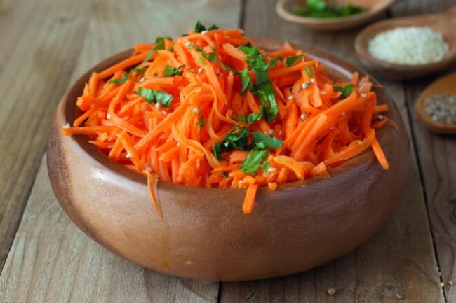 Салат по-корейски из тыквы и моркови