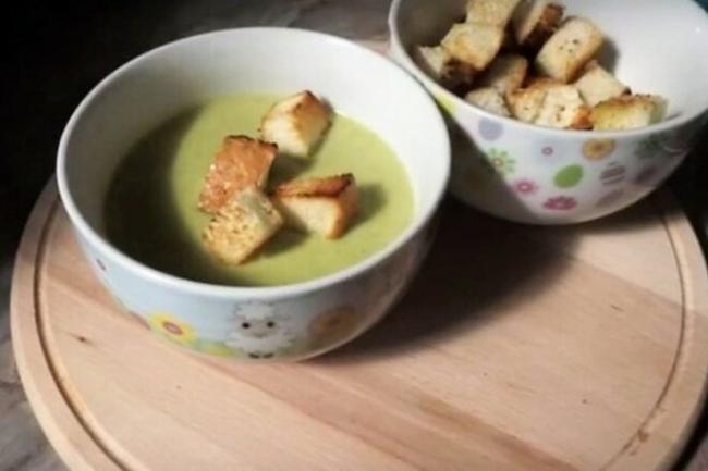 Суп из кабачков с цветной капустой и брокколи