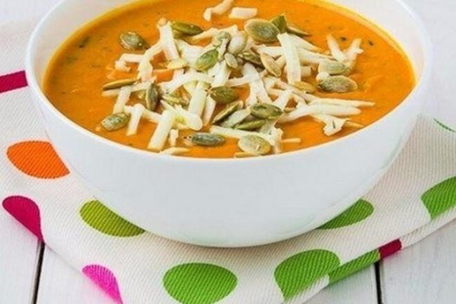 Сливочный крем-суп из запеченной тыквы с чесноком