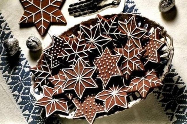 Новогоднее печенье «Шоколадные снежинки» с глазурью